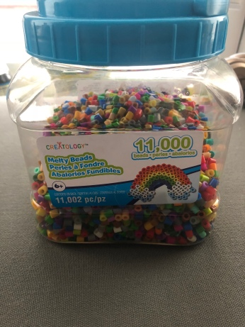 11,000 Count of assorted color beads